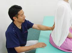 ヘルニア、腰の痛み施術写真